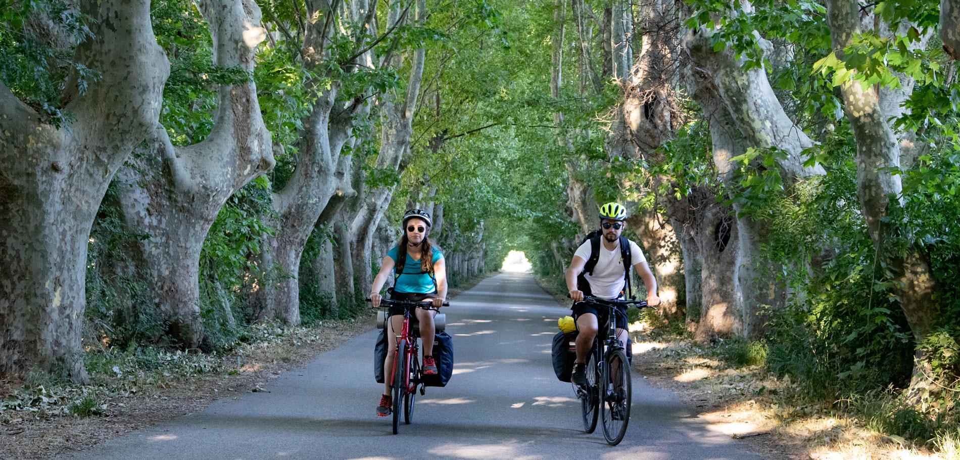Cyclistes sur la Via Rhona © Hocquel