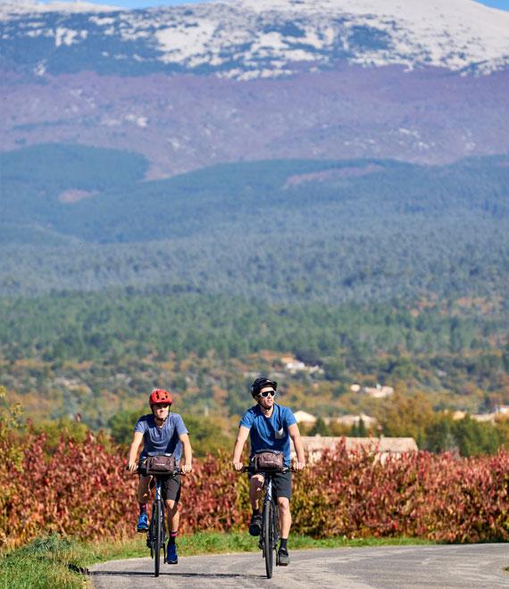 Vélo au pied du mont Ventoux
